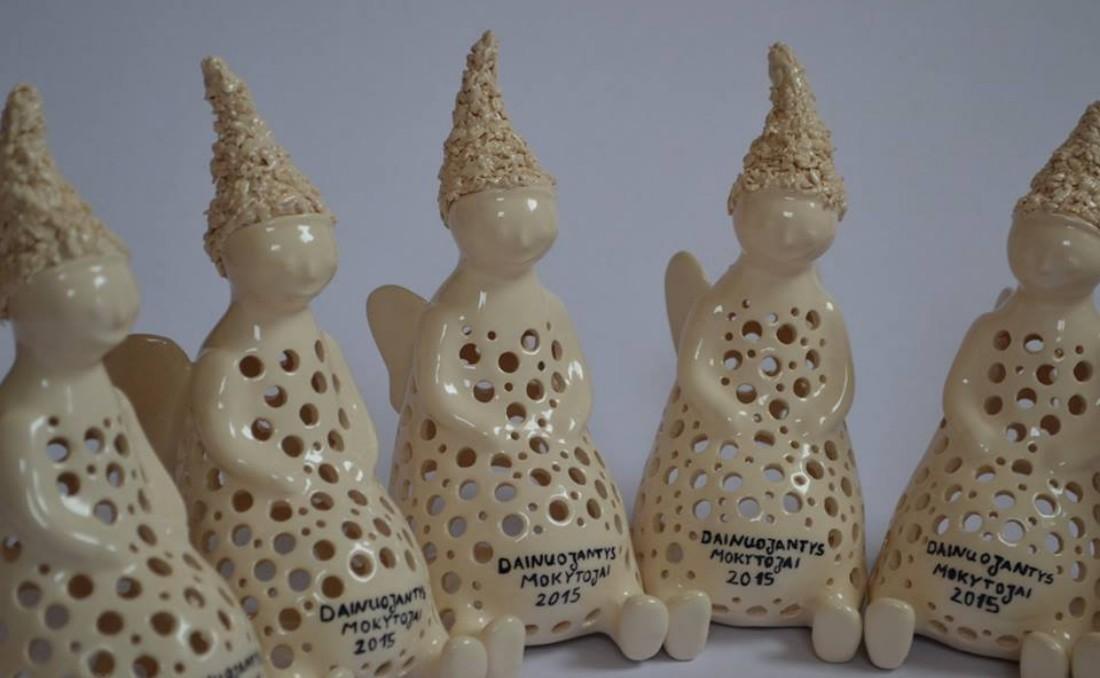 keramika_angeliukai_dainuojantys_mokytojai (2)